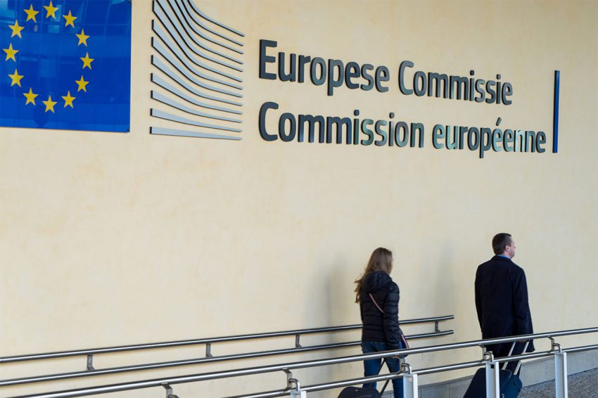 € 30 miljoen voor verbetering van de marktsituatie van de melkvee- en varkenshouderij: druppel op een gloeiende plaat?