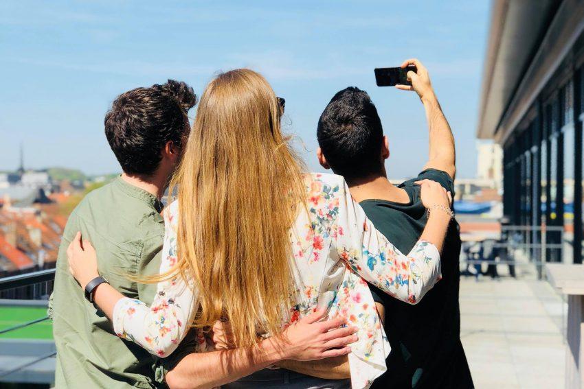 Privacy en foto's op social media: waar moet je op letten?