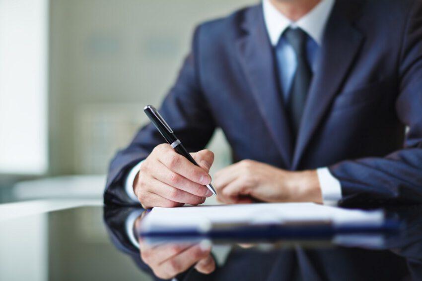 Informatieplicht van verzekeraar relevant bij dekkingsgeschillen